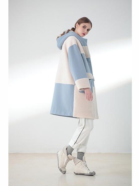 莉佳丽女装品牌2019秋冬简约清新毛呢外套