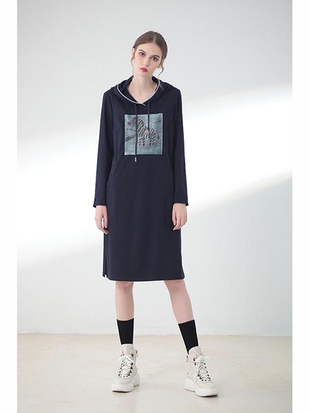 莉佳丽女装品牌2019秋冬长款印花卫衣