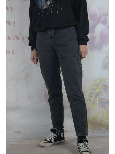 美酷思牛仔品牌2019秋冬修身牛仔裤