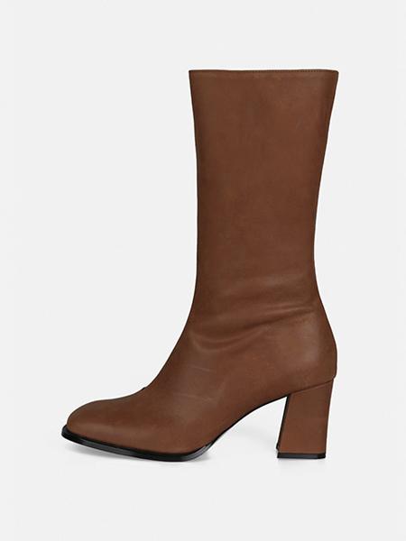 MENODEMOSSO国际品牌品牌粗跟靴子