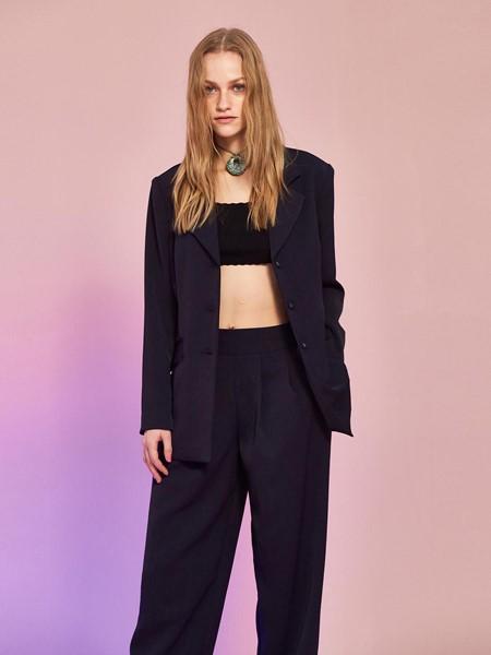 MIDNIGHT CIRCUS国际品牌品牌时尚显瘦外套