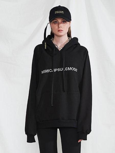 MINI CAPSULE国际品牌品牌2020春夏黑色显瘦卫衣
