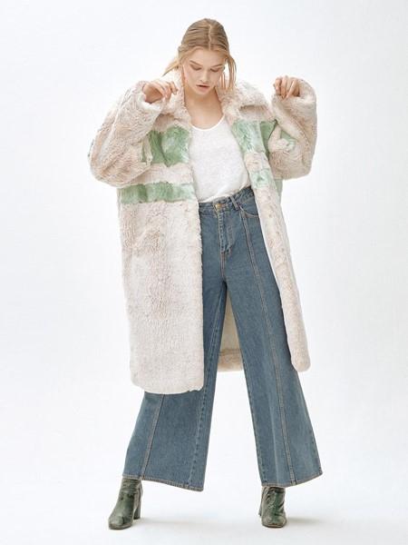 MOLLIOLLI国际品牌品牌时尚清纯外套