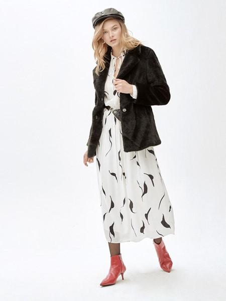 MOLLIOLLI国际品牌品牌时尚大衣