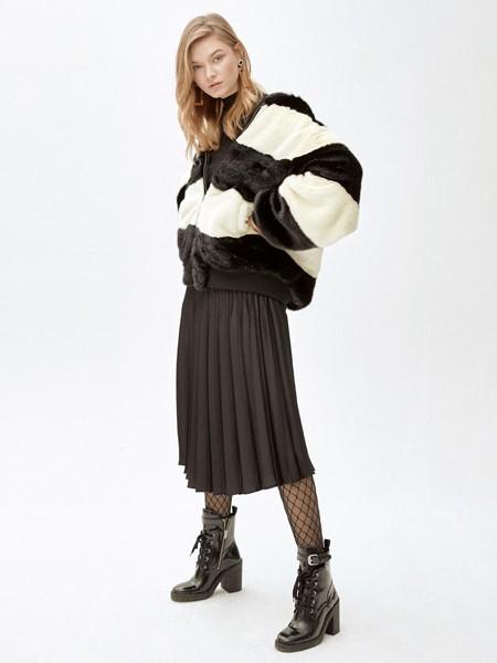 MOLLIOLLI国际品牌条纹羊羔毛外套