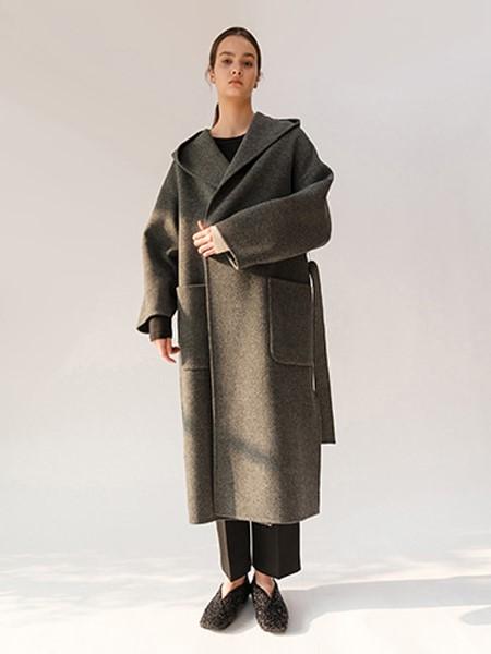 MOONTAN国际品牌品牌宽松毛呢大衣