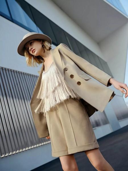 IDPAN女装品牌2020春夏知性温柔西装