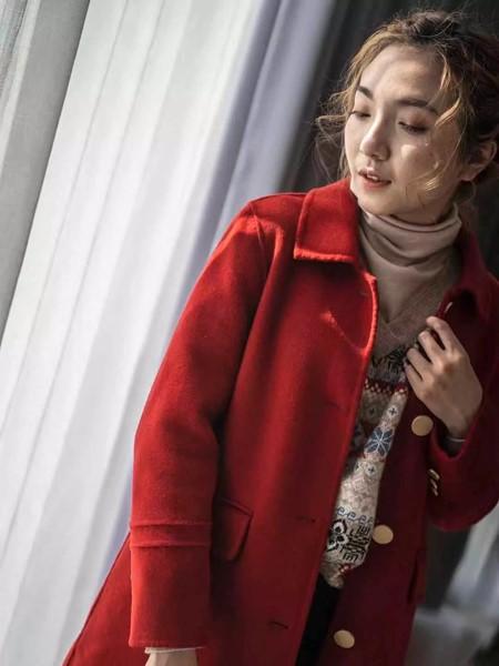 薇薇希女装品牌2019秋冬红色毛呢大衣