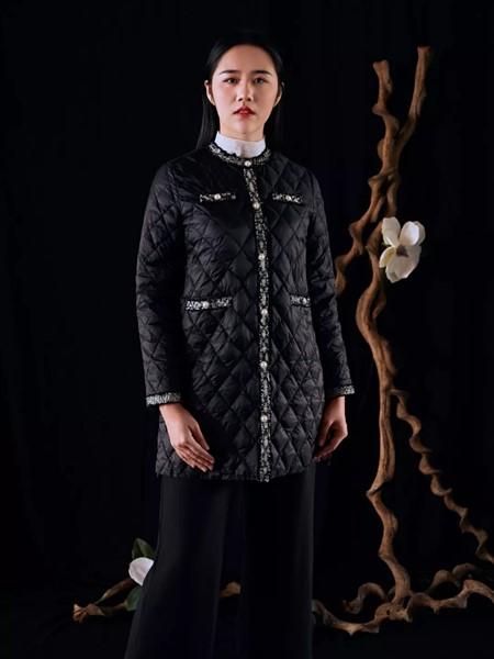 香西旗袍女装品牌2019秋冬时尚黑色棉服
