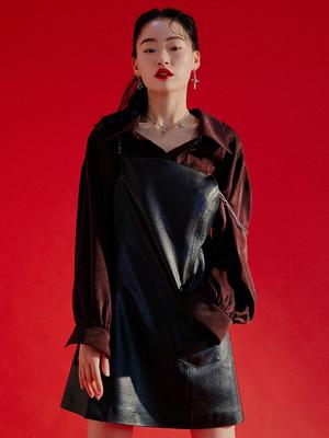 DYBY国际品牌2020春夏修身收腰口袋拼接仿皮吊带迷你连衣裙_黑色