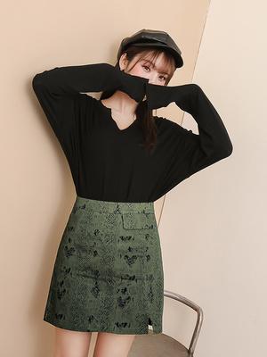 DYBY国际品牌2020春夏chuu皮裙短裙女新款韩版a字裙高腰包臀裙蛇皮纹半身裙潮
