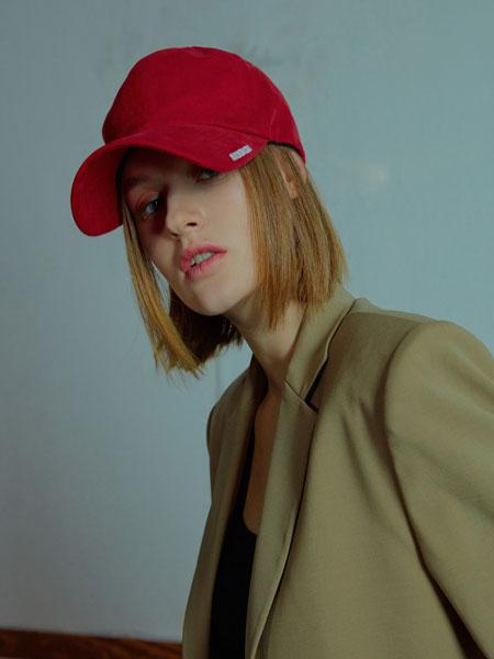 MUDIDI国际品牌品牌2020春夏Mudidi基本款球帽001红色