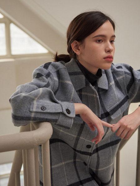 URAGO国际品牌品牌2019秋冬宽松格纹双口袋装饰女士手工毛呢夹克_