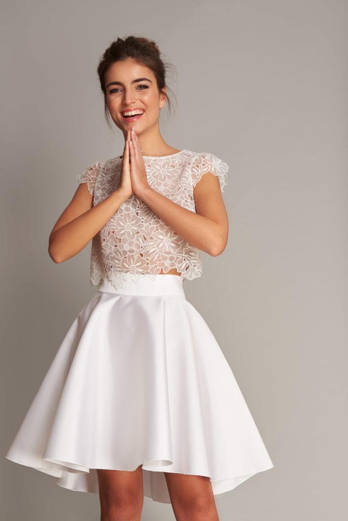 Fabienne Alagama国际品牌品牌2020春夏新款蕾丝花纹上衣