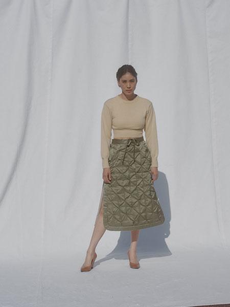 FUMIKA_UCHIDA国际品牌品牌2019秋冬新款毛呢针织长袖上衣