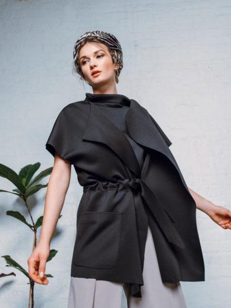 StaSa国际品牌品牌2020春夏新款纯色丝绸短袖外套