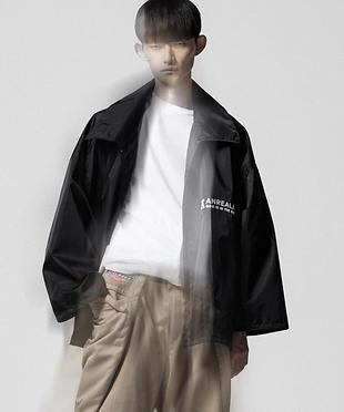 Anrealage国际品牌品牌2020春夏面板拼布风衣