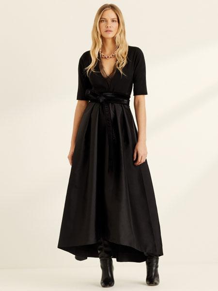 AmandaWakeley阿曼�_・�S克利���H品牌品牌2020春夏黑色JAGUAR小牛皮燕尾服外套