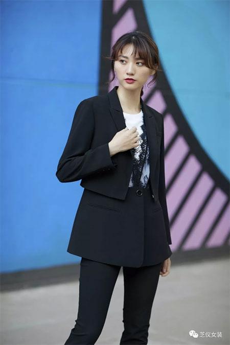 芝仪女装品牌2020春夏新款黑色成熟外套衬衫