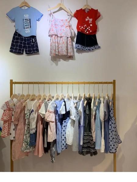 艾米巴童装2020年夏款上新时尚休闲潮款系列品牌折扣童装批发