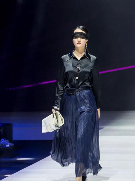 楮墨女装品牌2020春夏新款蕾丝透纱连衣裙