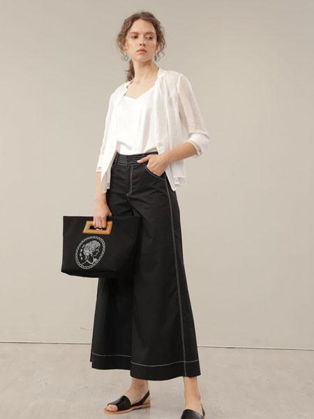 CHEN ZHAN.尘辗女装品牌2020春夏新款蕾丝缕空外套