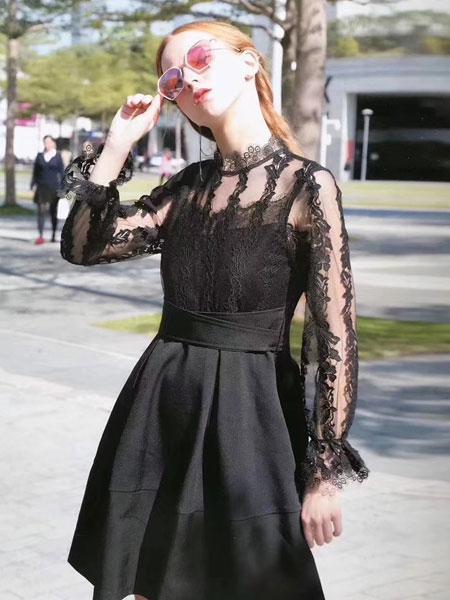 夺宝奇兵女装品牌2020春夏新款蕾丝缕空连衣裙