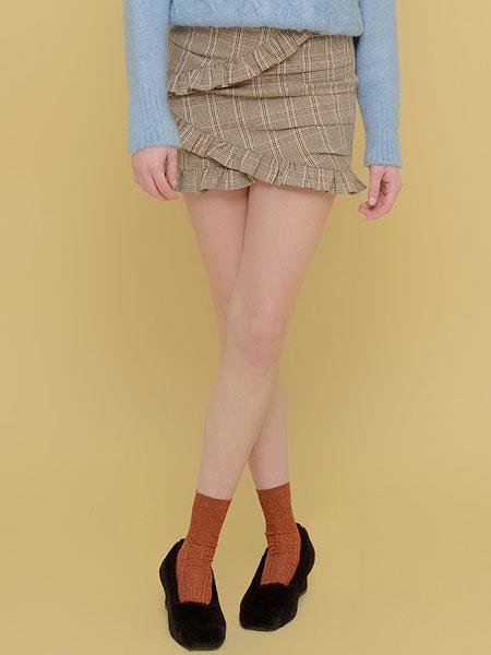 Margarin Fingers国际品牌品牌2020春夏分层荷叶边裙