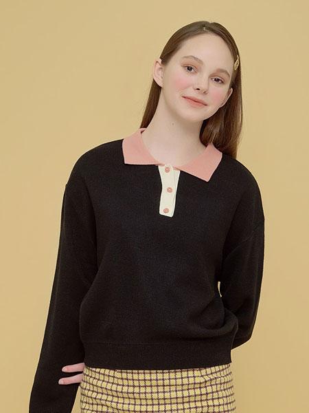 Margarin Fingers国际品牌品牌2020春夏拼色针织
