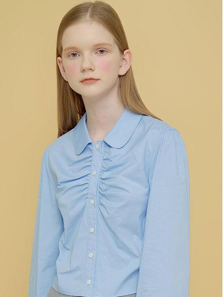 Margarin Fingers国际品牌品牌2020春夏露背上衣