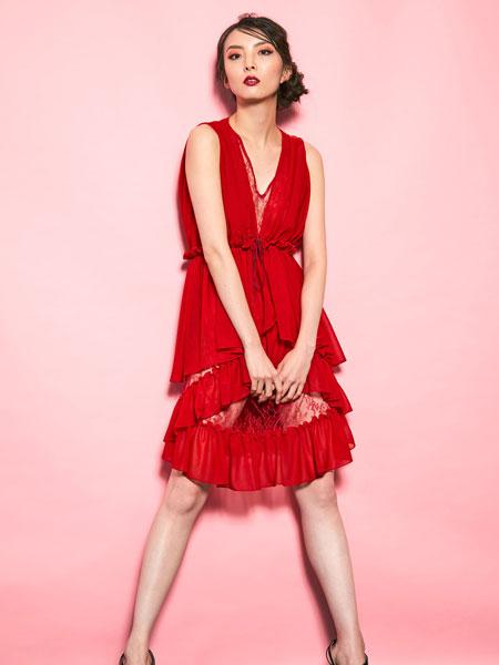 Motonari Ono国际品牌2020春夏新款红色性感连衣裙