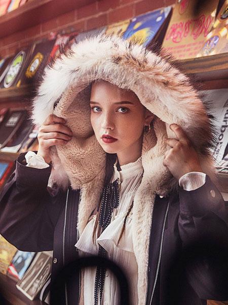 杰茜莱女装2019秋冬新品
