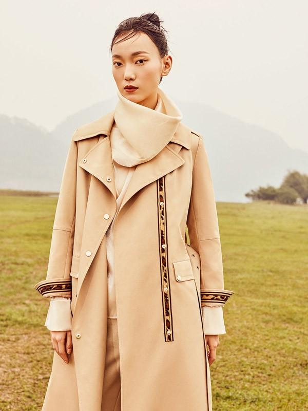 茜纳女装品牌2020秋冬新款纯色毛呢纽扣气质大衣