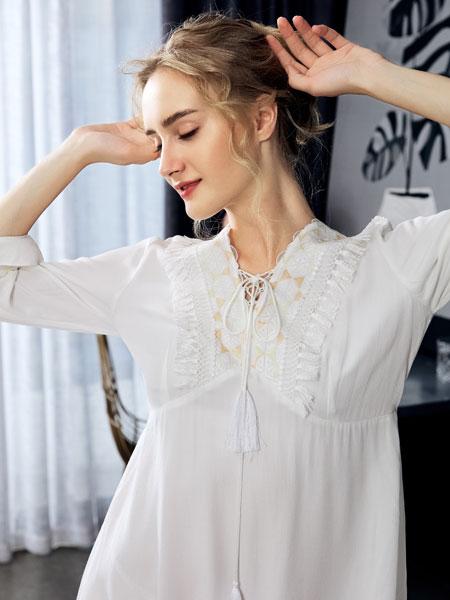 布迪・设计内衣品牌2020春夏新款纯色蕾丝性感睡裙