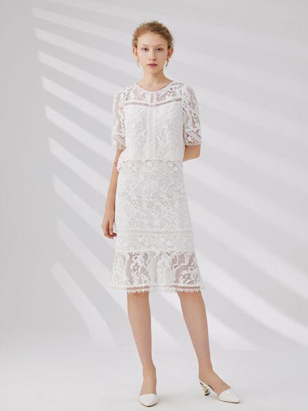 红凯贝尔女装品牌2020春夏新款纯色蕾丝缕空性感连衣裙