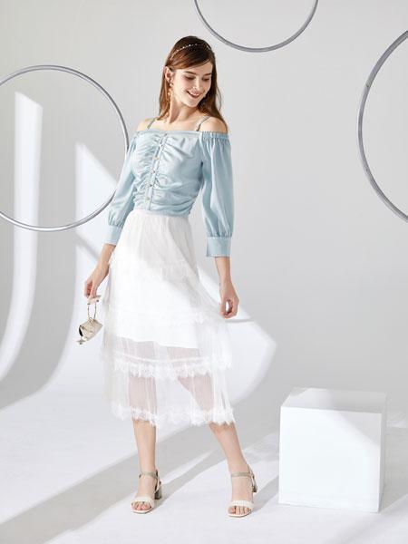 城市衣柜女装品牌2020春夏新款纯色一字夹纽扣上衣
