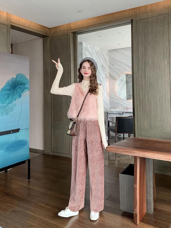 毛菇小象mgxx女装品牌2020春夏新款纯色毛绒气质马甲