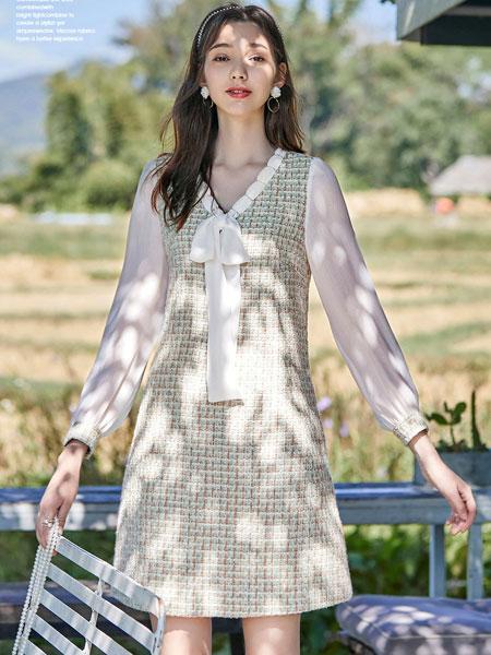 春美多女装品牌2020春夏新款纯色格子透明连衣裙