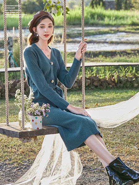 春美多女装品牌2020春夏新款纯色纽扣气质连衣裙