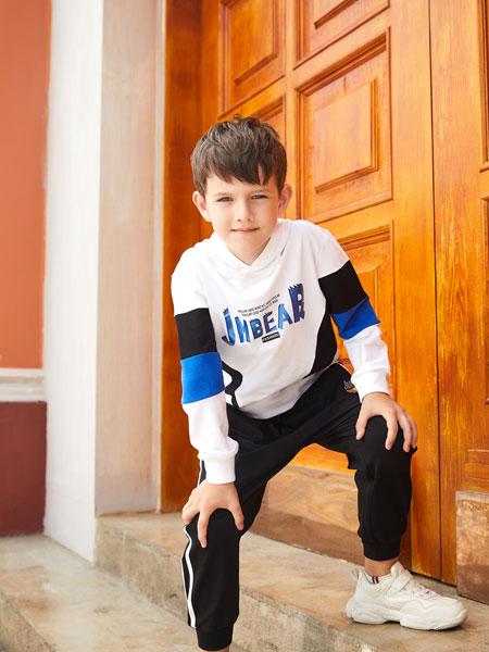 杰米熊童装品牌2020春夏新款拼接色印字运动卫衣