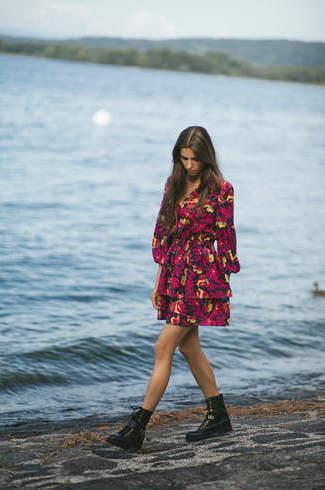 Bizuu国际品牌品牌2020春夏花朵印花迷你连衣裙