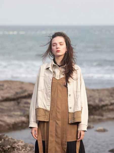 薇薇希女装品牌2020春夏新款拼接色气质夹克