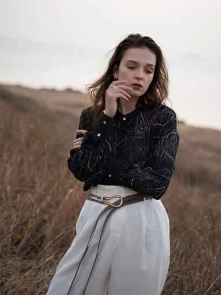 薇薇希女装品牌2020春夏新款纯色真丝长袖衬衫