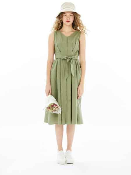 U-Cevel女装品牌2020春夏新款纯色系带式气质连衣裙