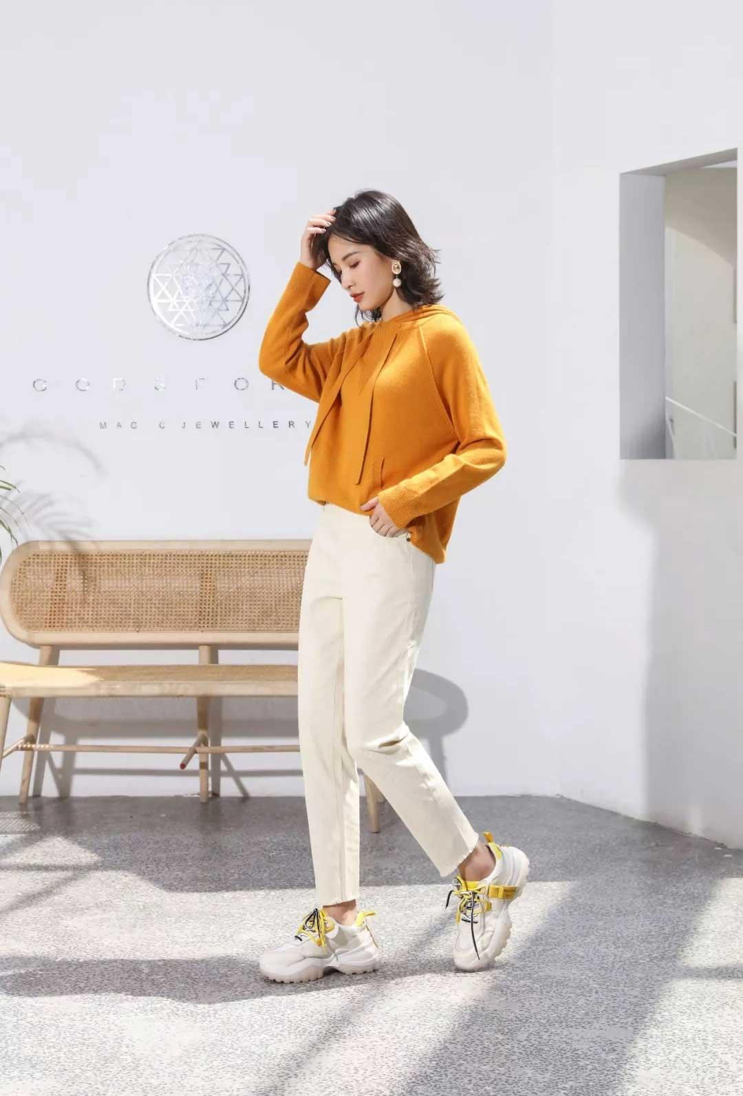 雀啡女装品牌2020春夏新款纯色针织长袖上衣