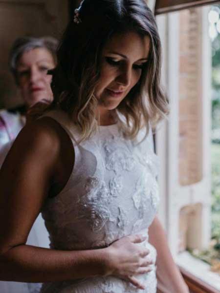 Leah Da Gloria国际品牌品牌2020春夏新纯色蕾丝婚纱礼服系列