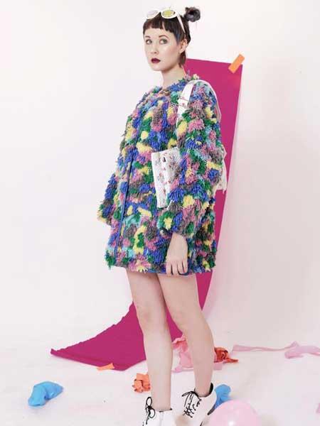 Alex S Yu国际品牌品牌2020春夏新款毛呢碎花多色卫衣裙