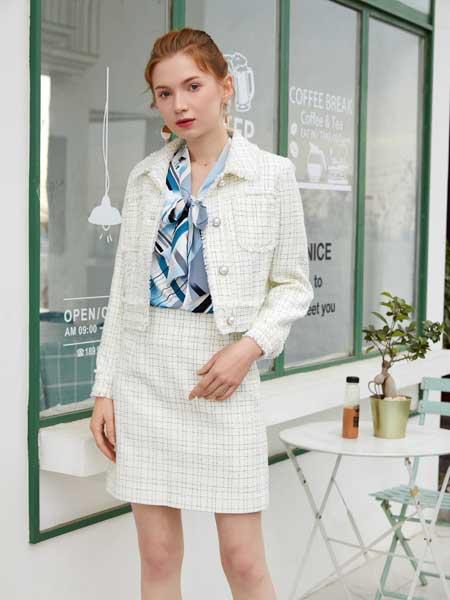 金蝶茜妮女装品牌2020春夏新款纯色简洁外套