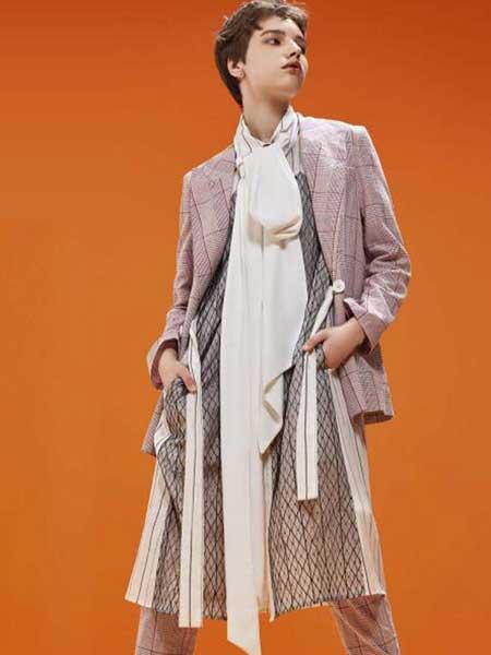 卡歌娜女装品牌2020春夏新款纯色格子西装外套