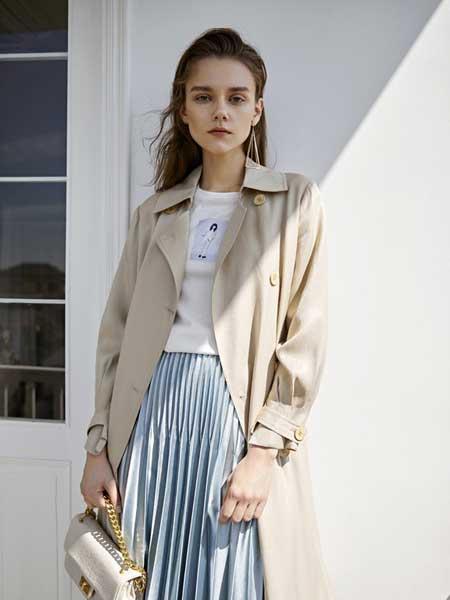 卡歌娜女装品牌2020春夏新款纯色纽扣长款大衣